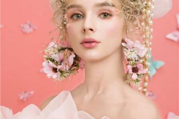 学新娘跟妆最好的年龄是几岁?跟妆收入高吗?